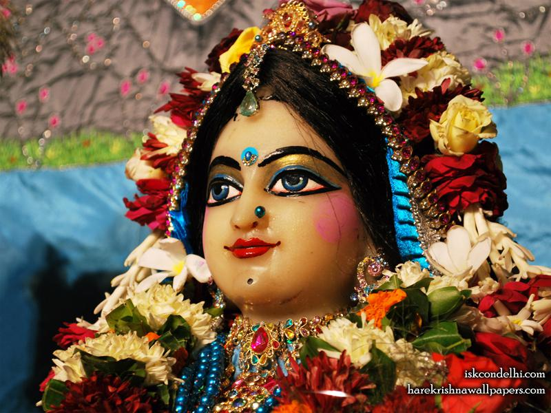 Sri Radha Close up Wallpaper (020)