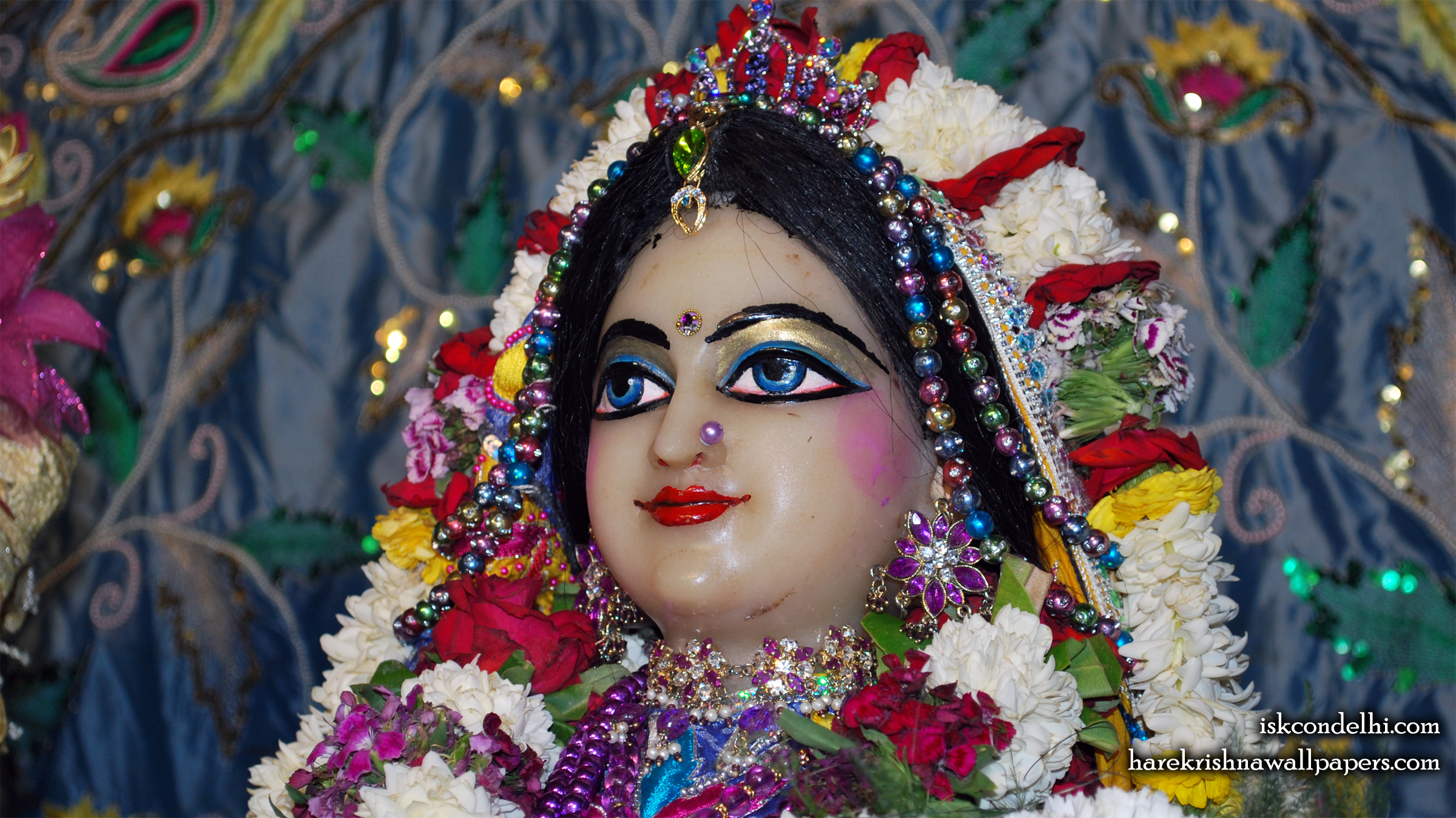 Sri Radha Close up Wallpaper (031) Size 2400x1350 Download