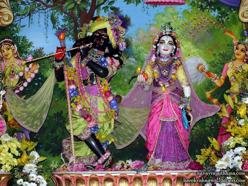 Sri Sri Radha Shyamsundar Wallpaper (004)