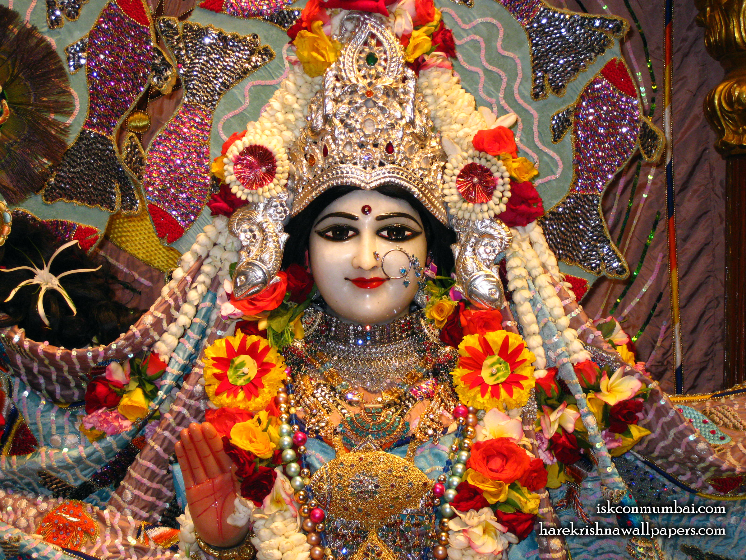 Sri Radha Face Wallpaper (001) Size 2400x1800 Download