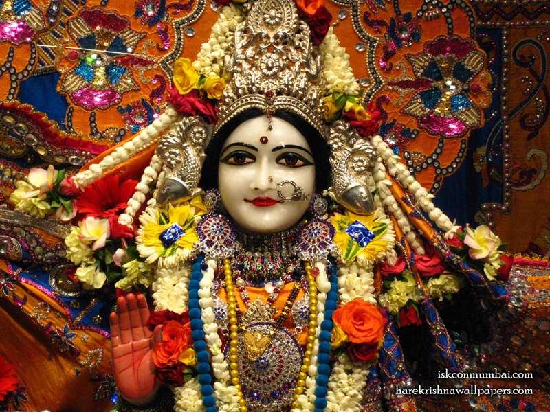 Sri Sita Close up Wallpaper (004)