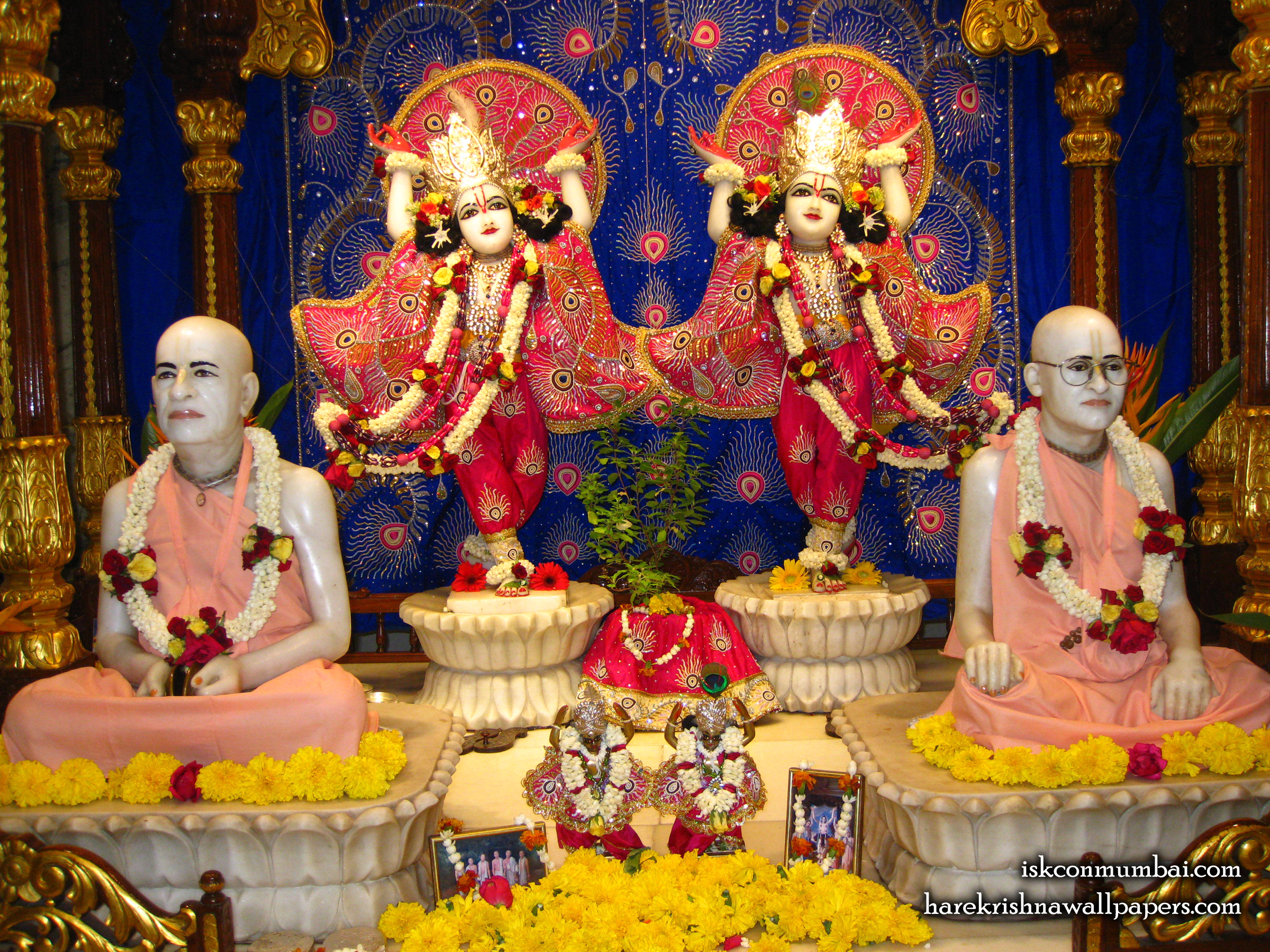 Sri Sri Gaura Nitai With Acharyas Wallpaper (014) Size 2400x1800 Download