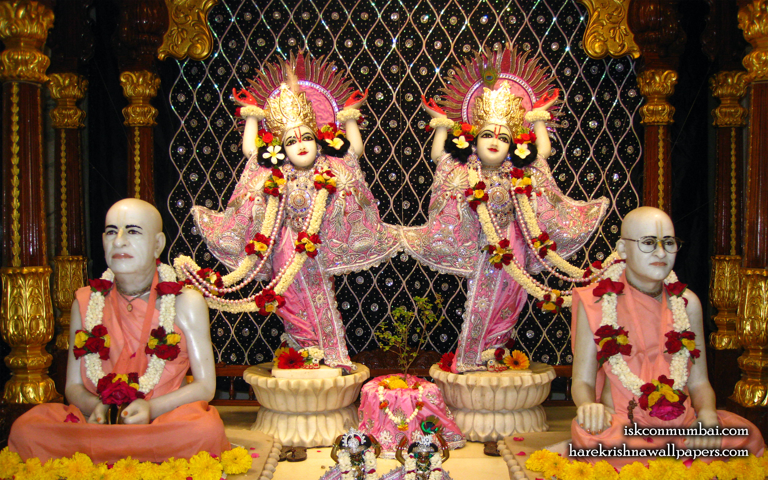 Sri Sri Gaura Nitai With Acharyas Wallpaper (015) Size 2560x1600 Download