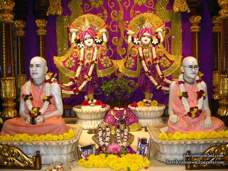 Sri Sri Gaura Nitai with Acharyas Wallpaper (016)