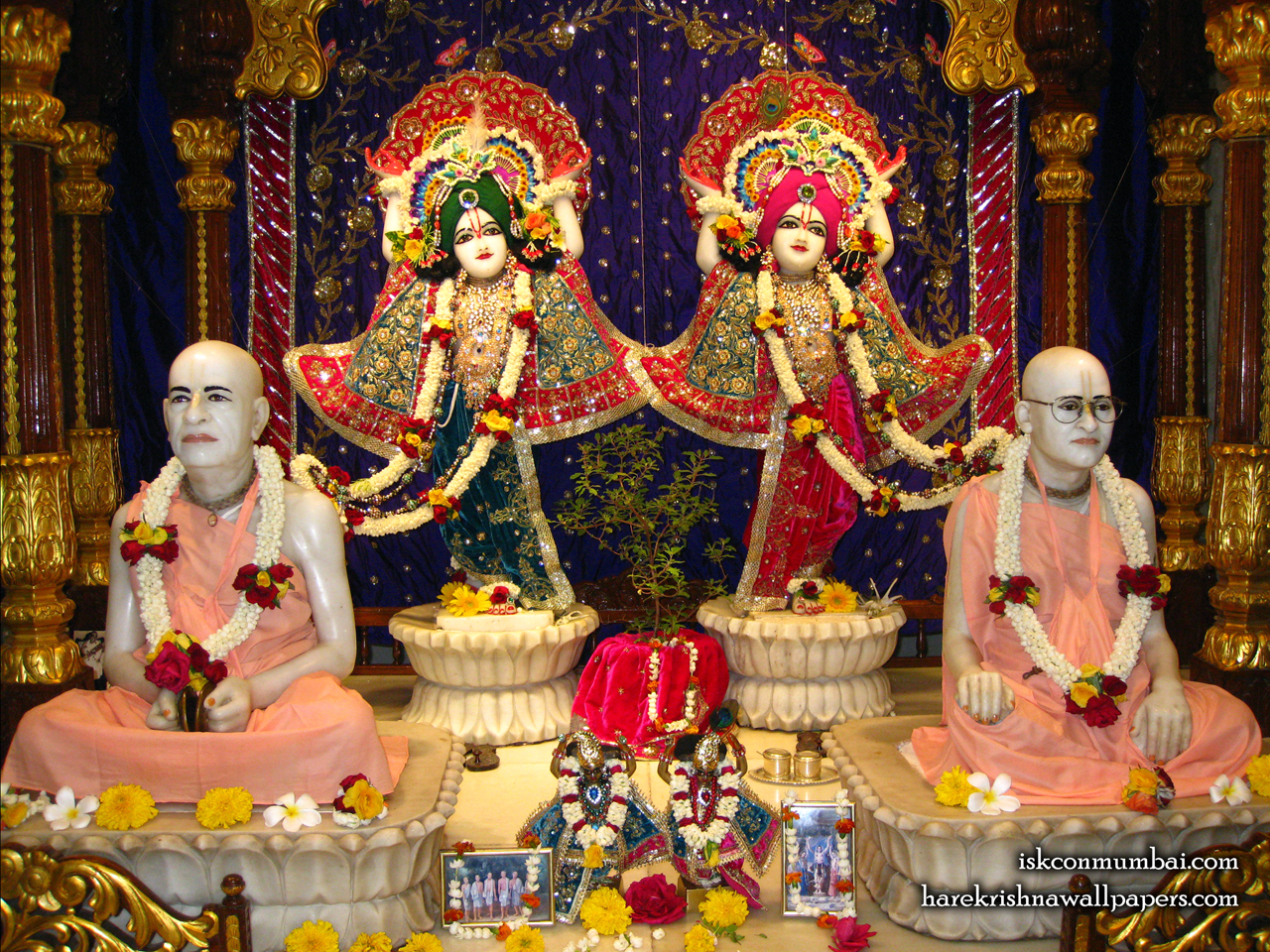 Sri Sri Gaura Nitai With Acharyas Wallpaper (019) Size 1280x960 Download