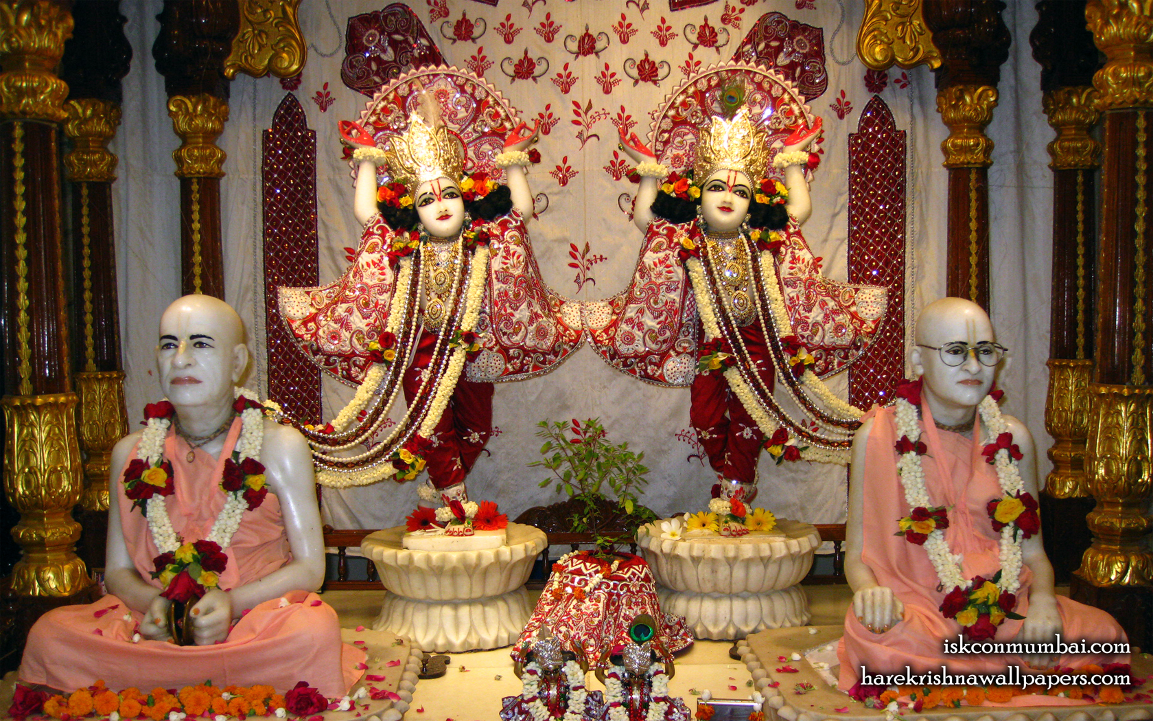 Sri Sri Gaura Nitai With Acharyas Wallpaper (020) Size 1680x1050 Download