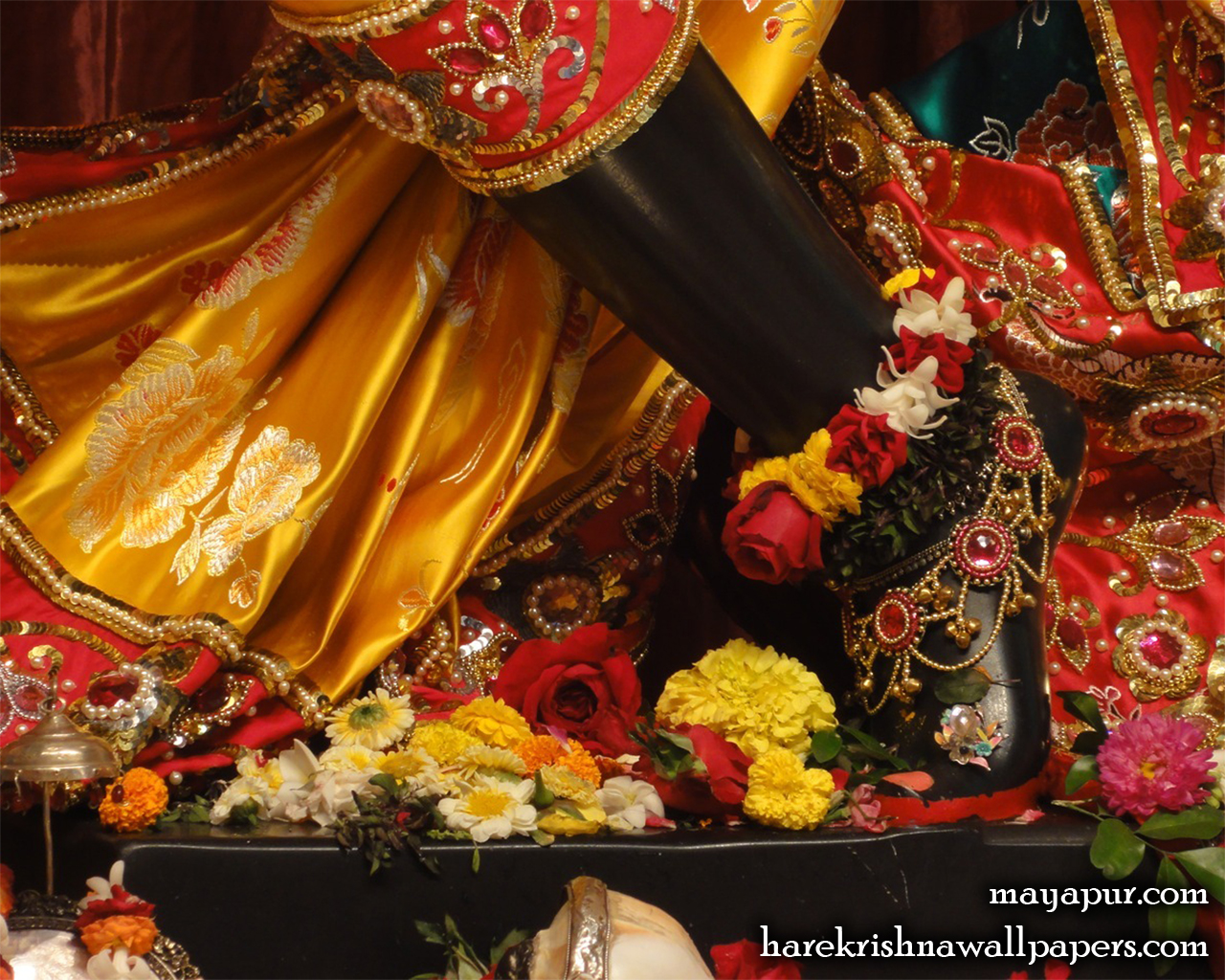 Sri Madhava Feet Wallpaper (006) Size 1280x1024 Download