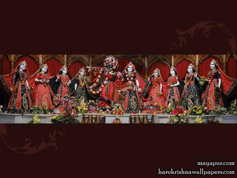 Sri Radha Madhava with Asta Sakhi Wallpaper (007)