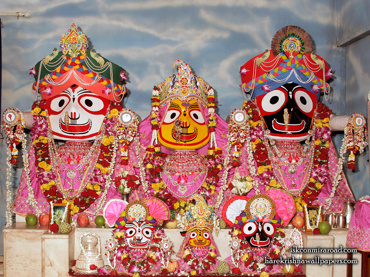 Jagannath Baladeva Subhadra Wallpaper (001) Size 1280x960 Download