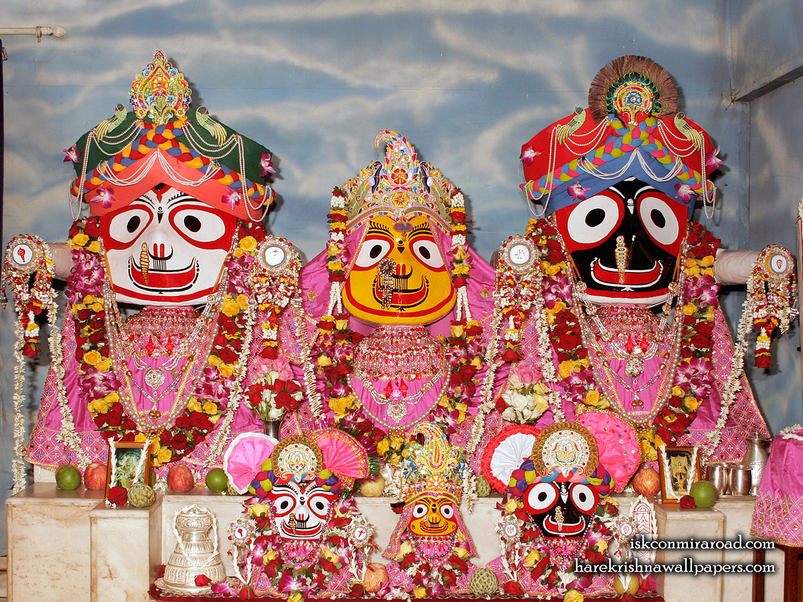 Jagannath Baladeva Subhadra Wallpaper (001) Size1600x1200 Download