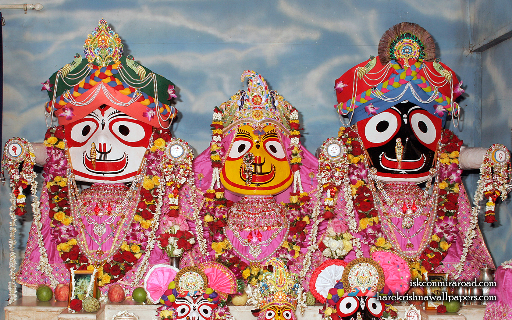 Jagannath Baladeva Subhadra Wallpaper (001) Size 1680x1050 Download