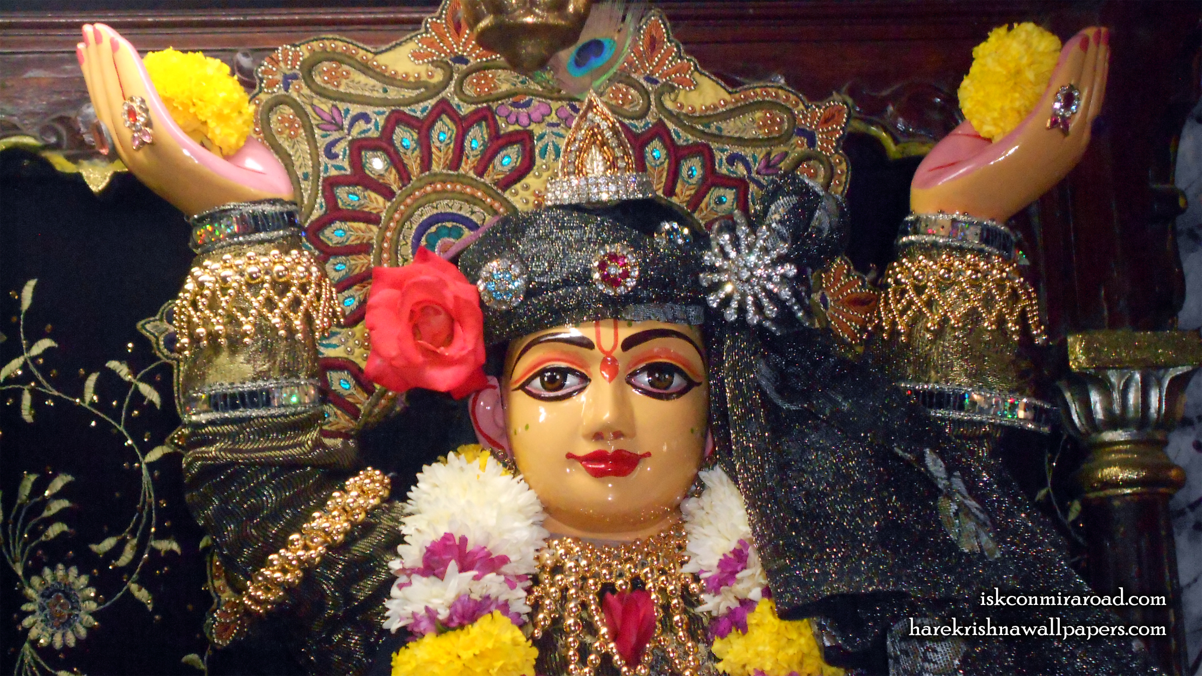 Sri Gaura Close up Wallpaper (001) Size 2400x1350 Download