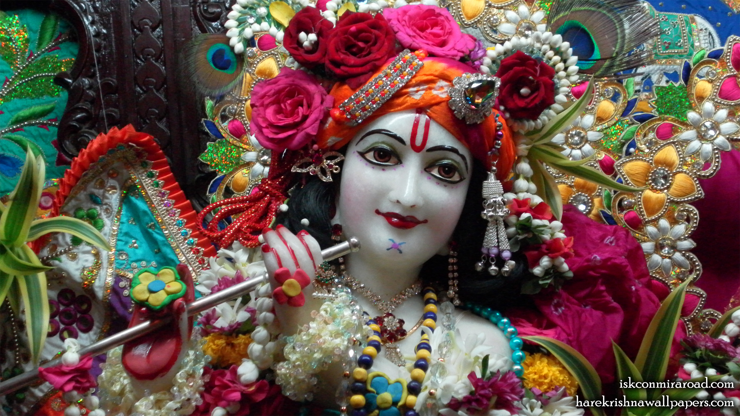 Sri Giridhari Close up Wallpaper (003) Size 2400x1350 Download