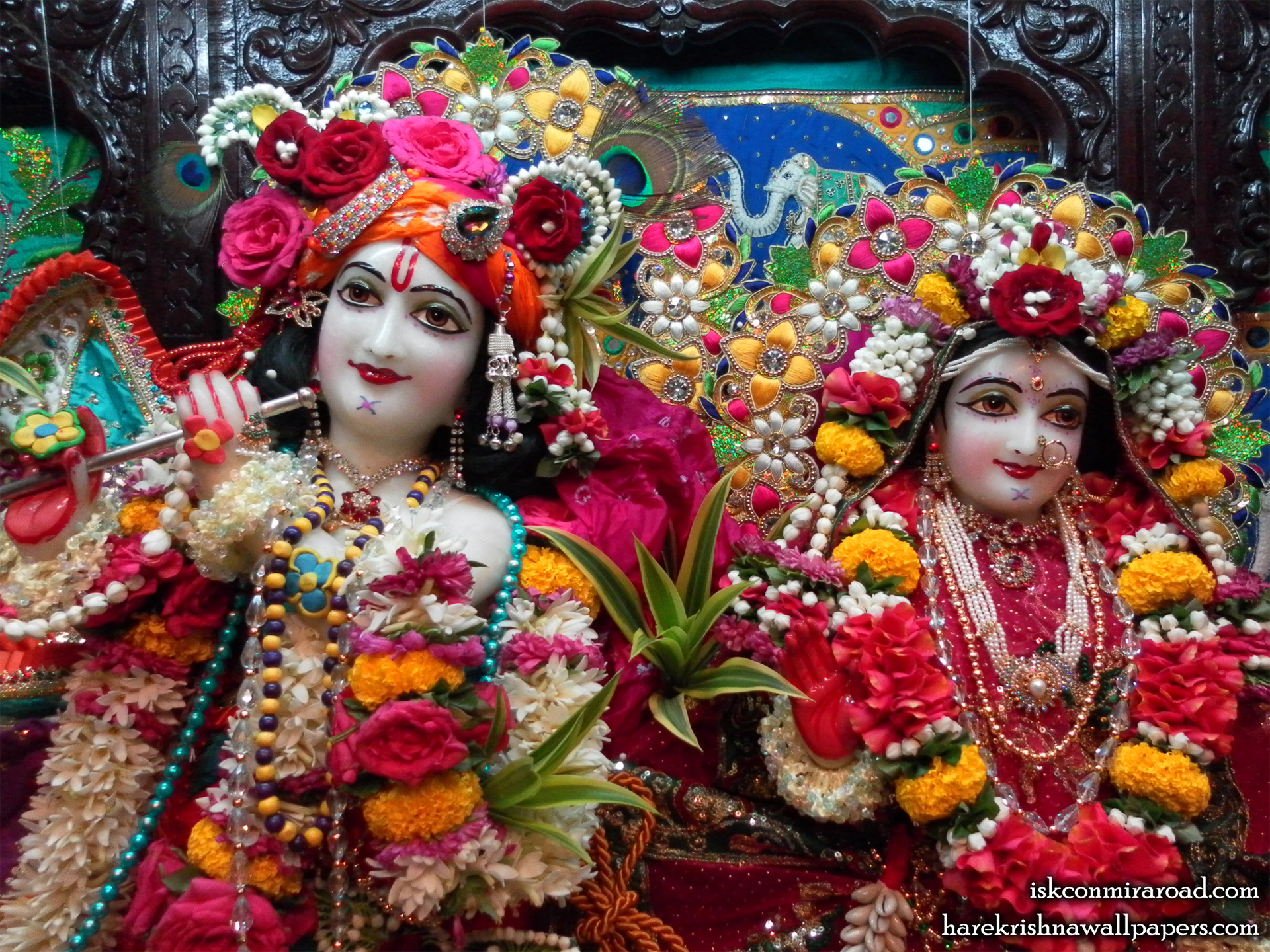Sri Sri Radha Giridhari Close up Wallpaper (003) Size 1920x1440 Download