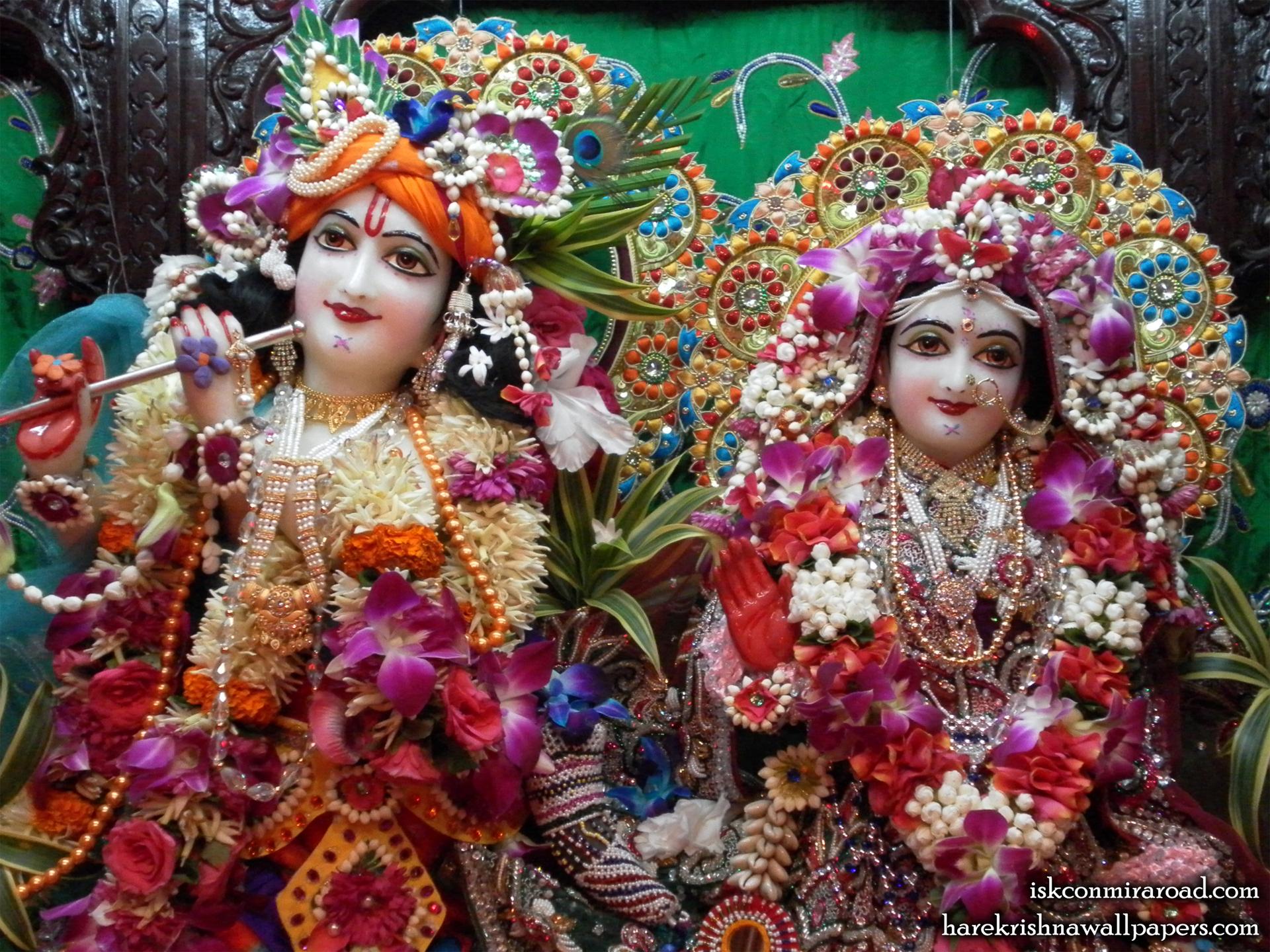 Sri Sri Radha Giridhari Close up Wallpaper (004) Size 1920x1440 Download