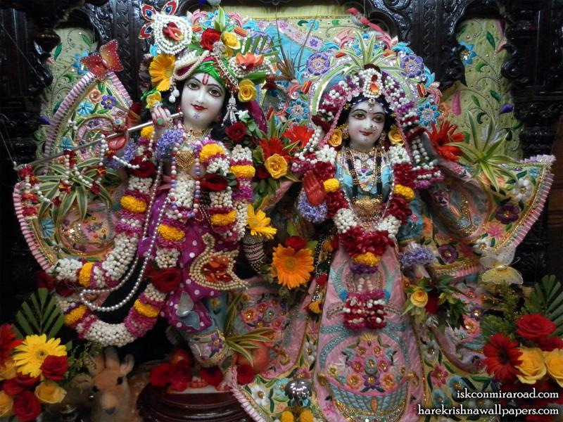 Sri Sri Radha Giridhari Wallpaper (007) Size 800x600 Download