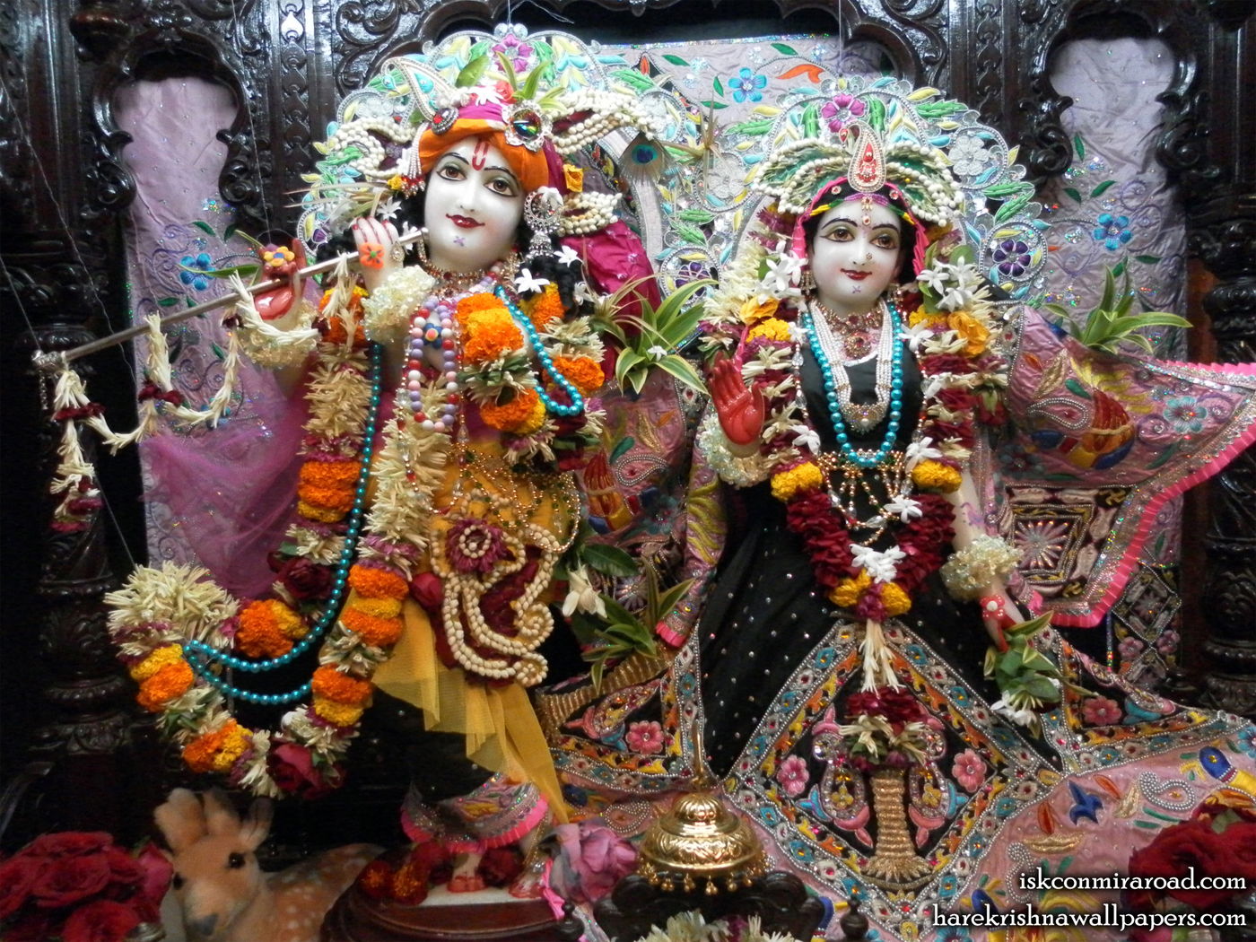 Sri Sri Radha Giridhari Wallpaper (009) Size 1400x1050 Download