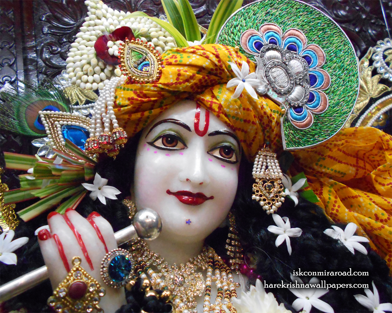 Sri Giridhari Close up Wallpaper (018) Size 1280x1024 Download
