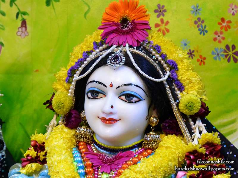 Sri Radha Close up Wallpaper (007)