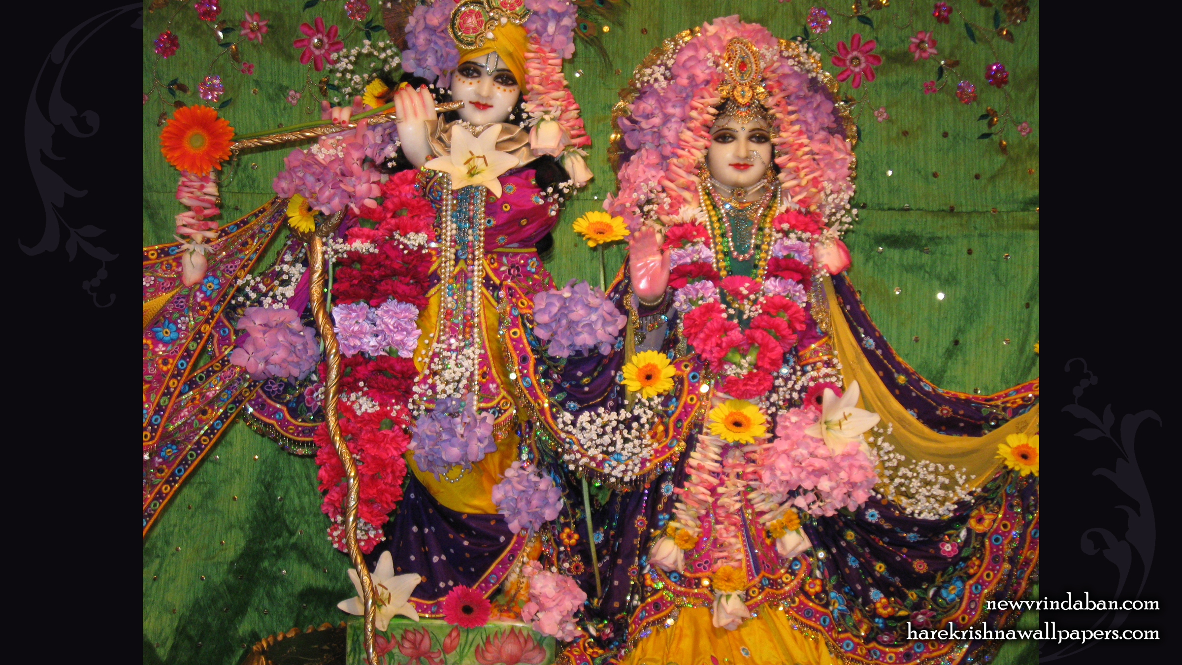 Sri Sri Radha Vrindavana Chandra Wallpaper (004) Size 2400x1350 Download