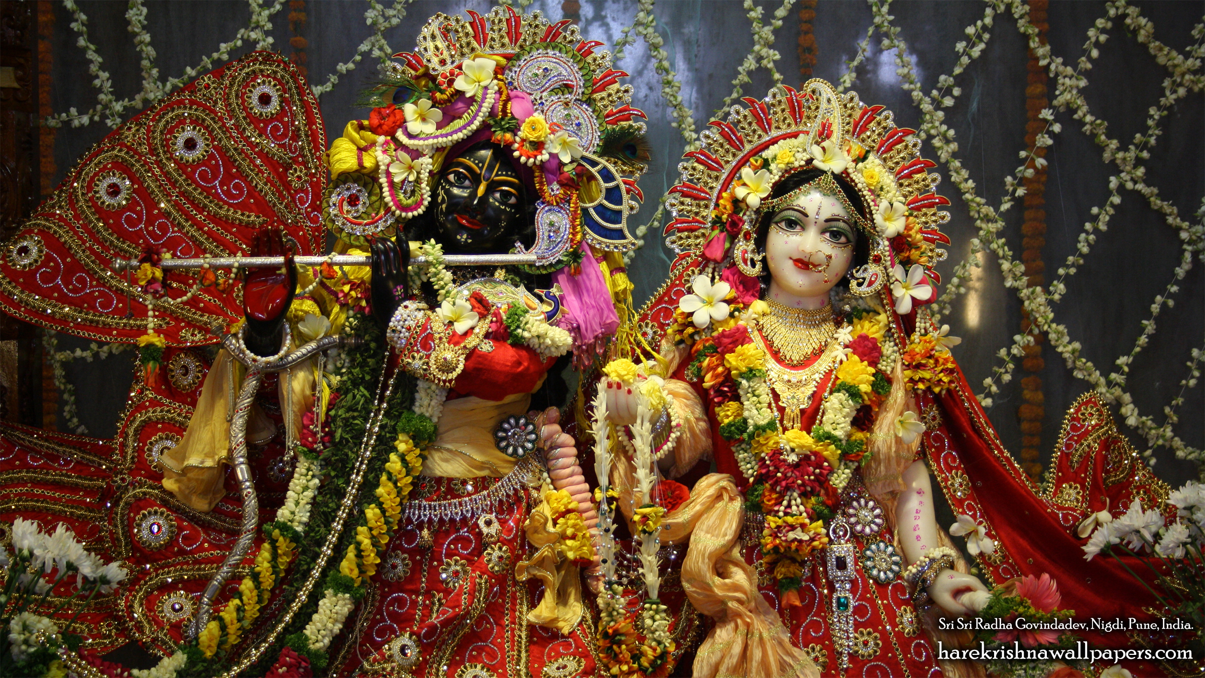 Sri Sri Radha Govind Close up Wallpaper (003) Size 2400x1350 Download