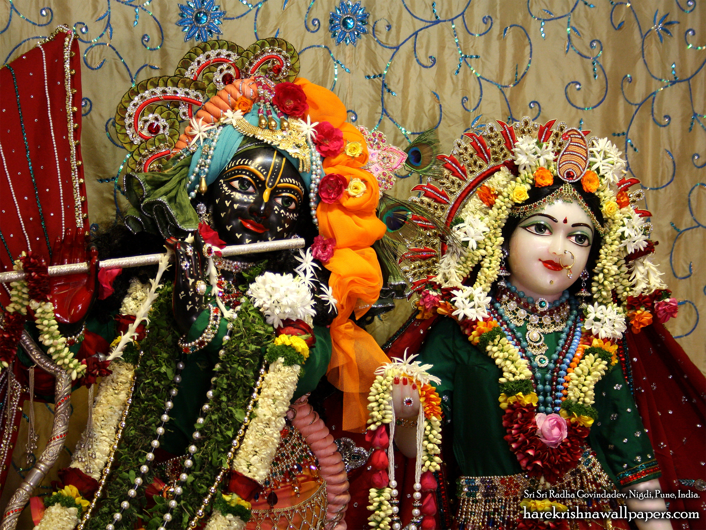 Sri Sri Radha Govind Close up Wallpaper (006) Size 2400x1800 Download