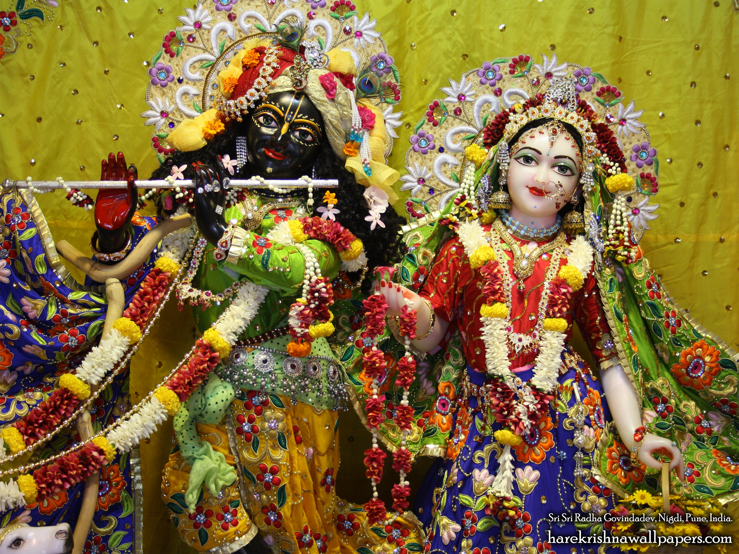 Sri Sri Radha Govind Close up Wallpaper (008) Size 2400x1800 Download