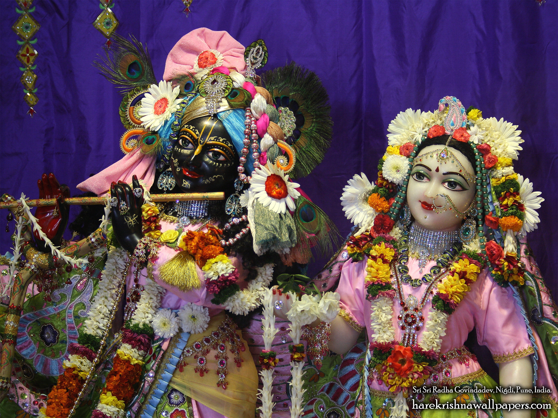 Sri Sri Radha Govind Close up Wallpaper (013) Size 1920x1440 Download