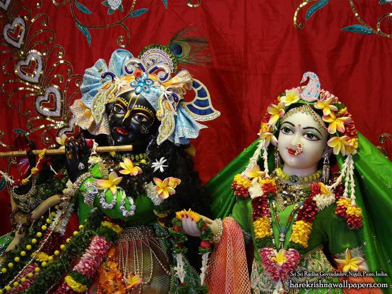 Sri Sri Radha Govind Close up Wallpaper (014)