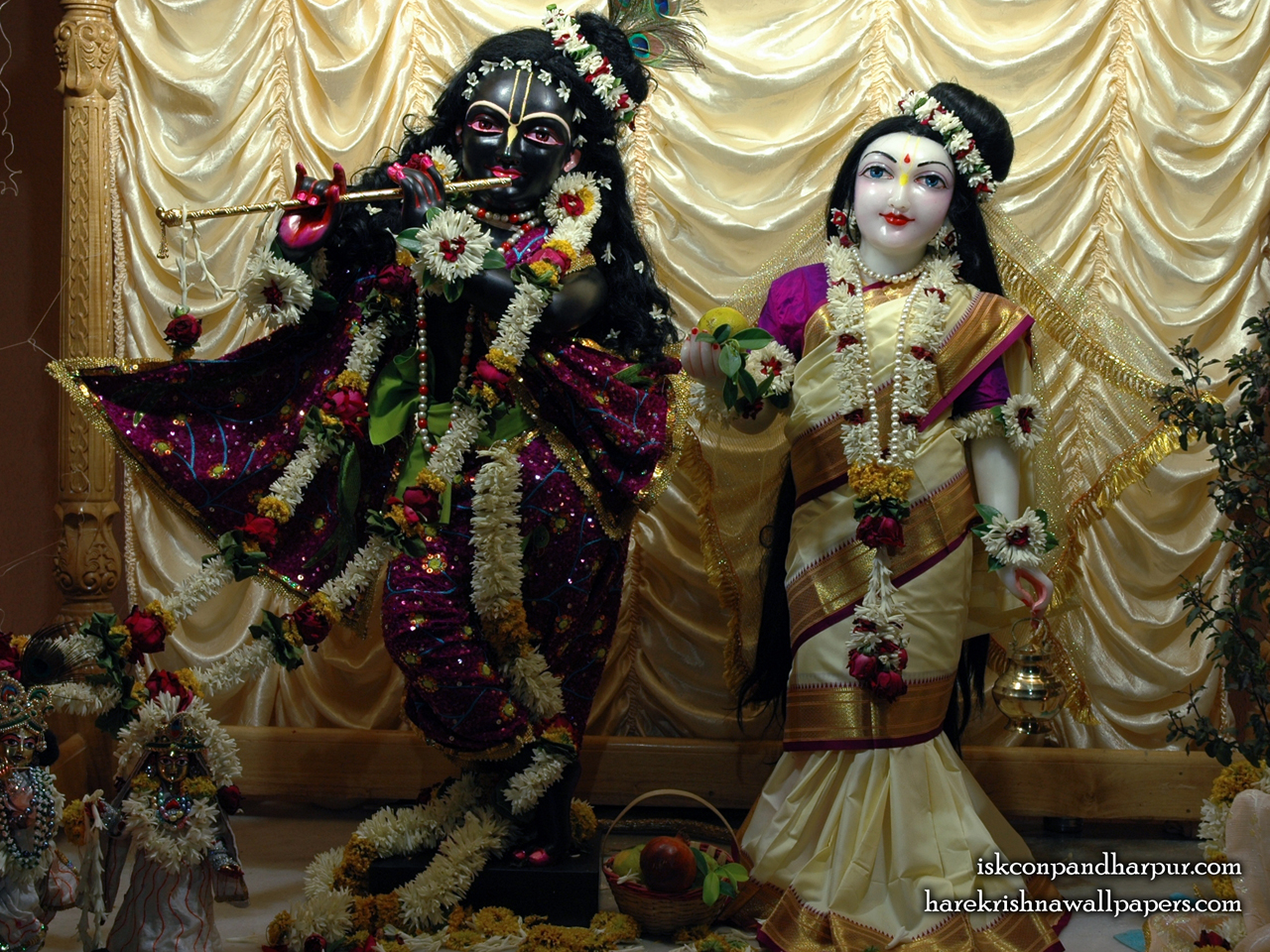 Sri Sri Radha Pandharinath Wallpaper (001) Size 1280x960 Download