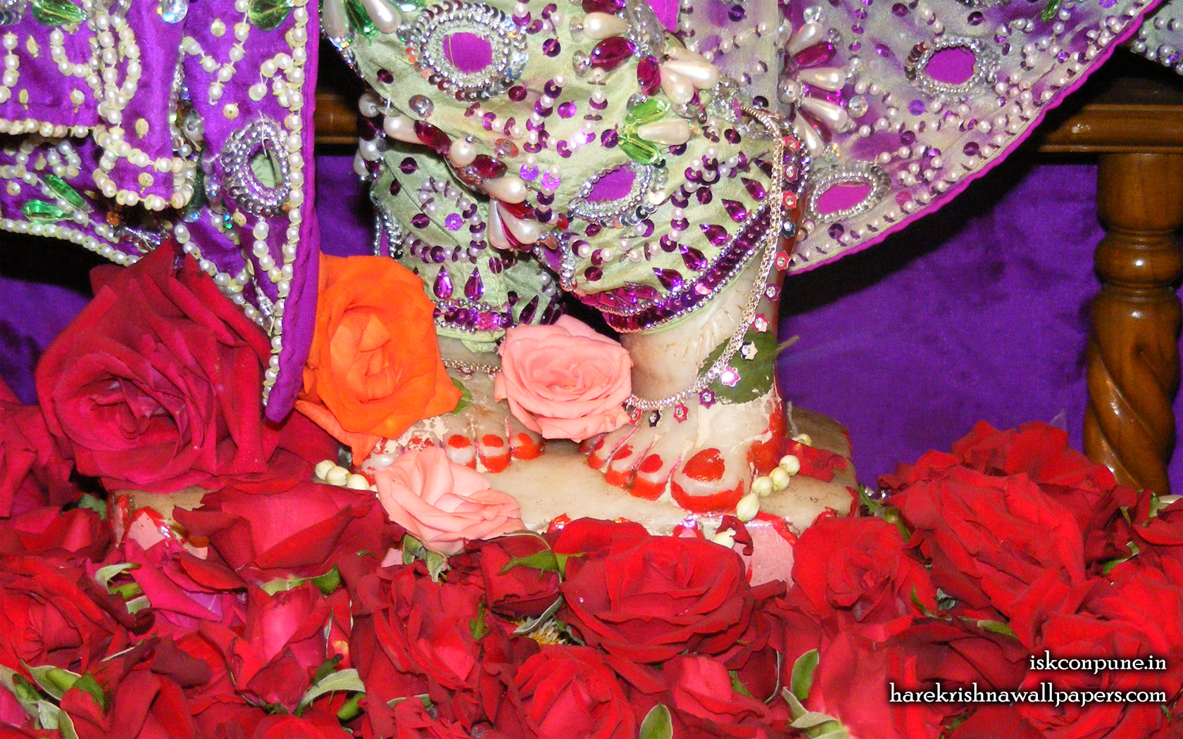 Sri Kunjabihari Feet Wallpaper (001) Size 1680x1050 Download