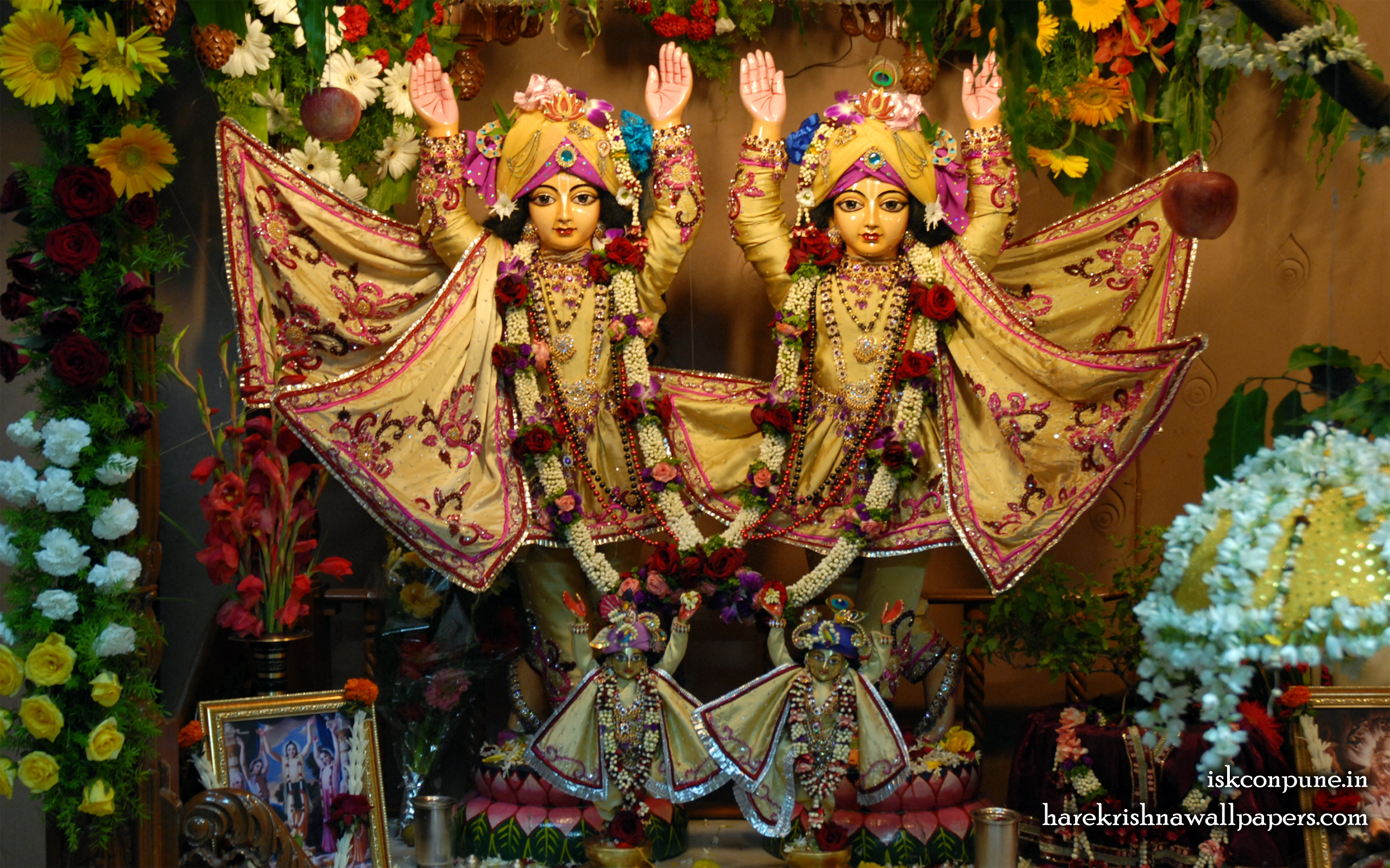Sri Sri Gaura Nitai Wallpaper (002) Size 2560x1600 Download