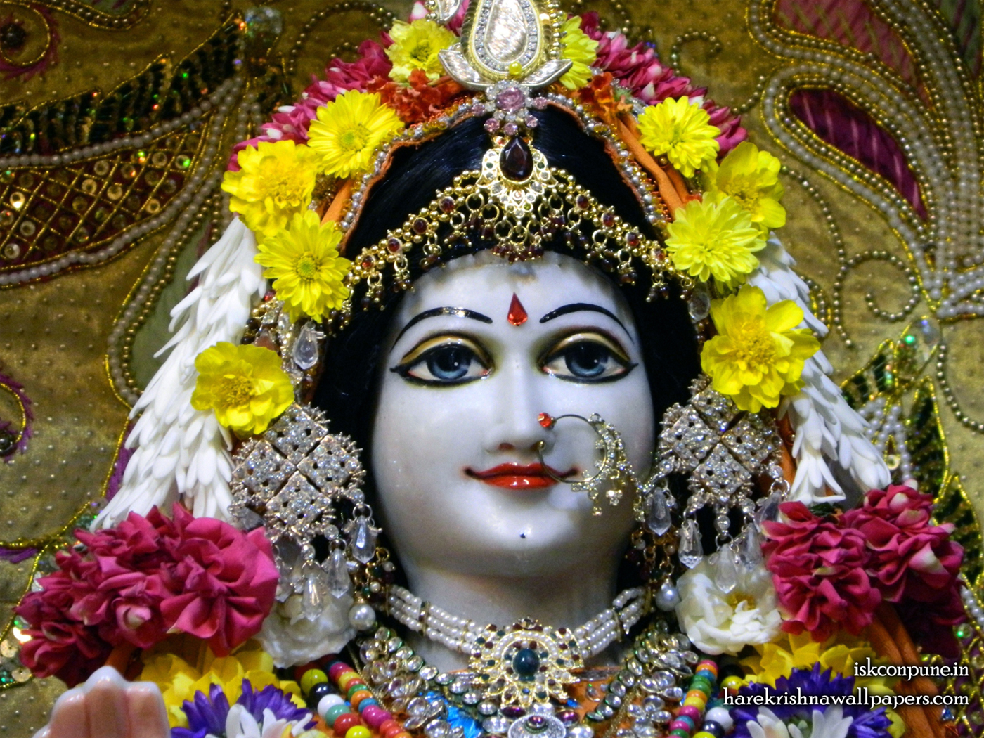 Sri Radha Close up Wallpaper (003) Size 1400x1050 Download