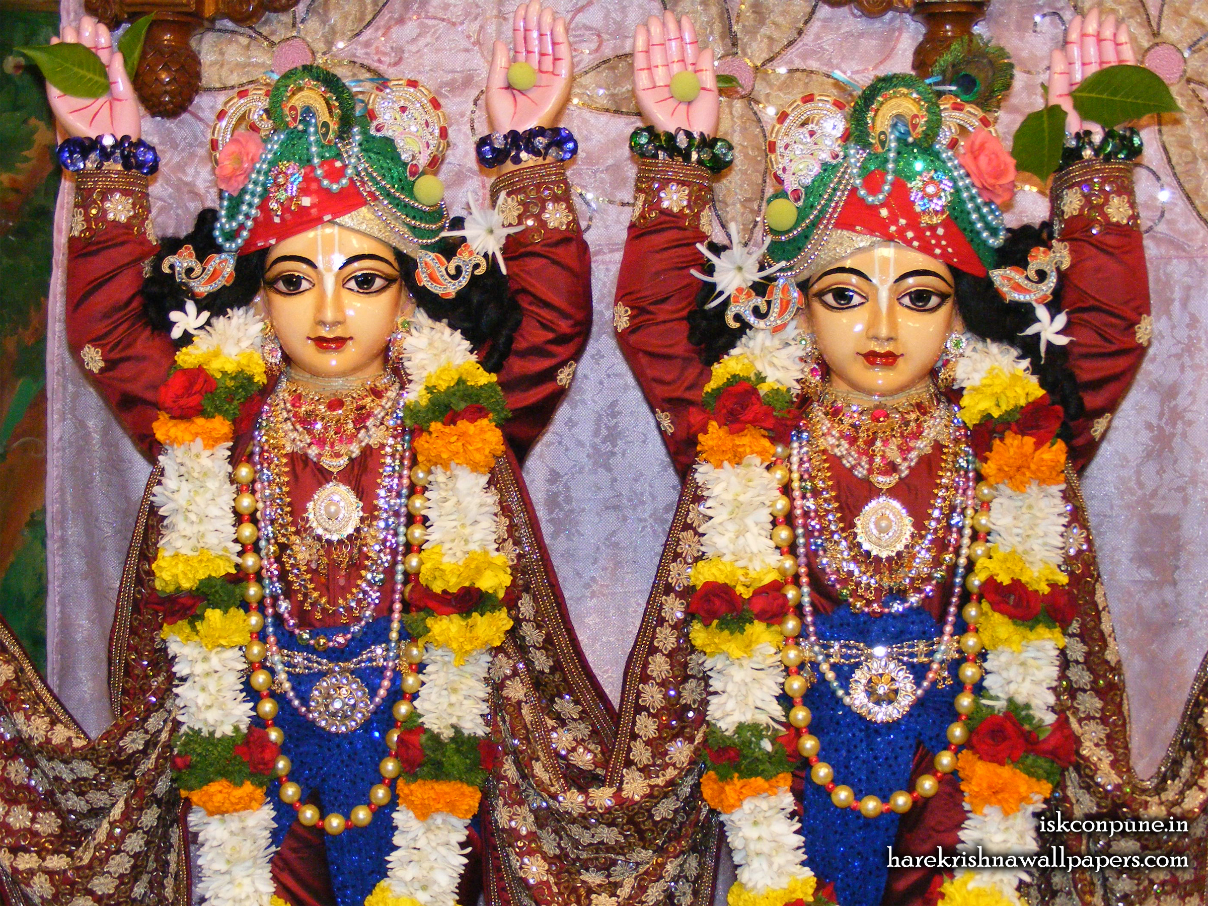 Sri Sri Gaura Nitai Close up Wallpaper (005) Size 2400x1800 Download