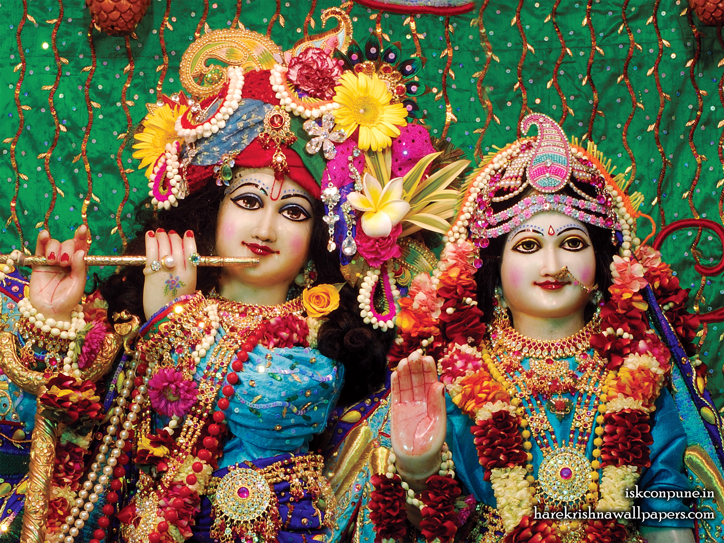 Sri Sri Radha Kunjabihari Close up Wallpaper (005) Size 2400x1800 Download
