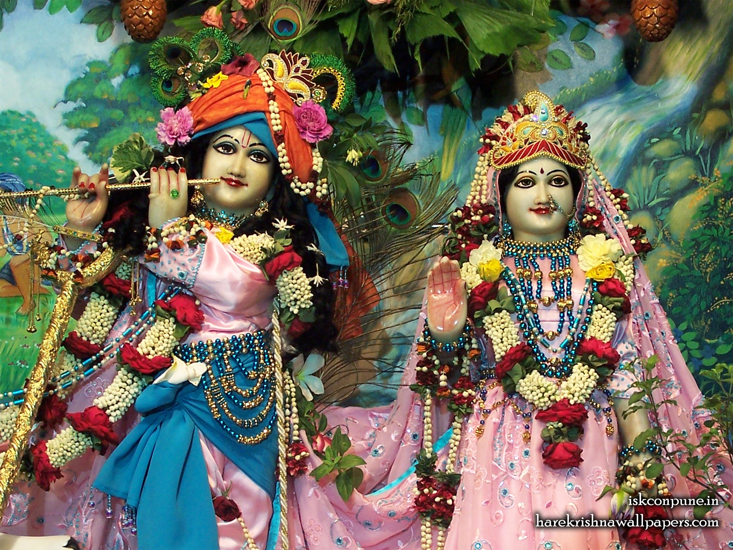 Sri Sri Radha Kunjabihari Close up Wallpaper (009) Size 2400x1800 Download