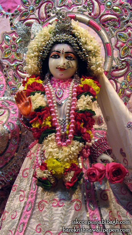 Sri Radha Close up Wallpaper (005) Size 450x800 Download