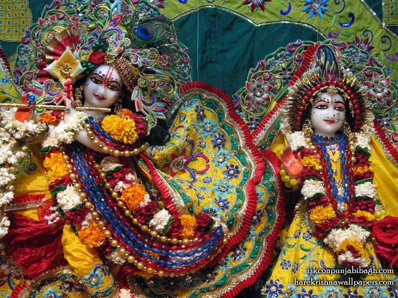 Sri Sri Radha Radhikaraman Close up Wallpaper (005)