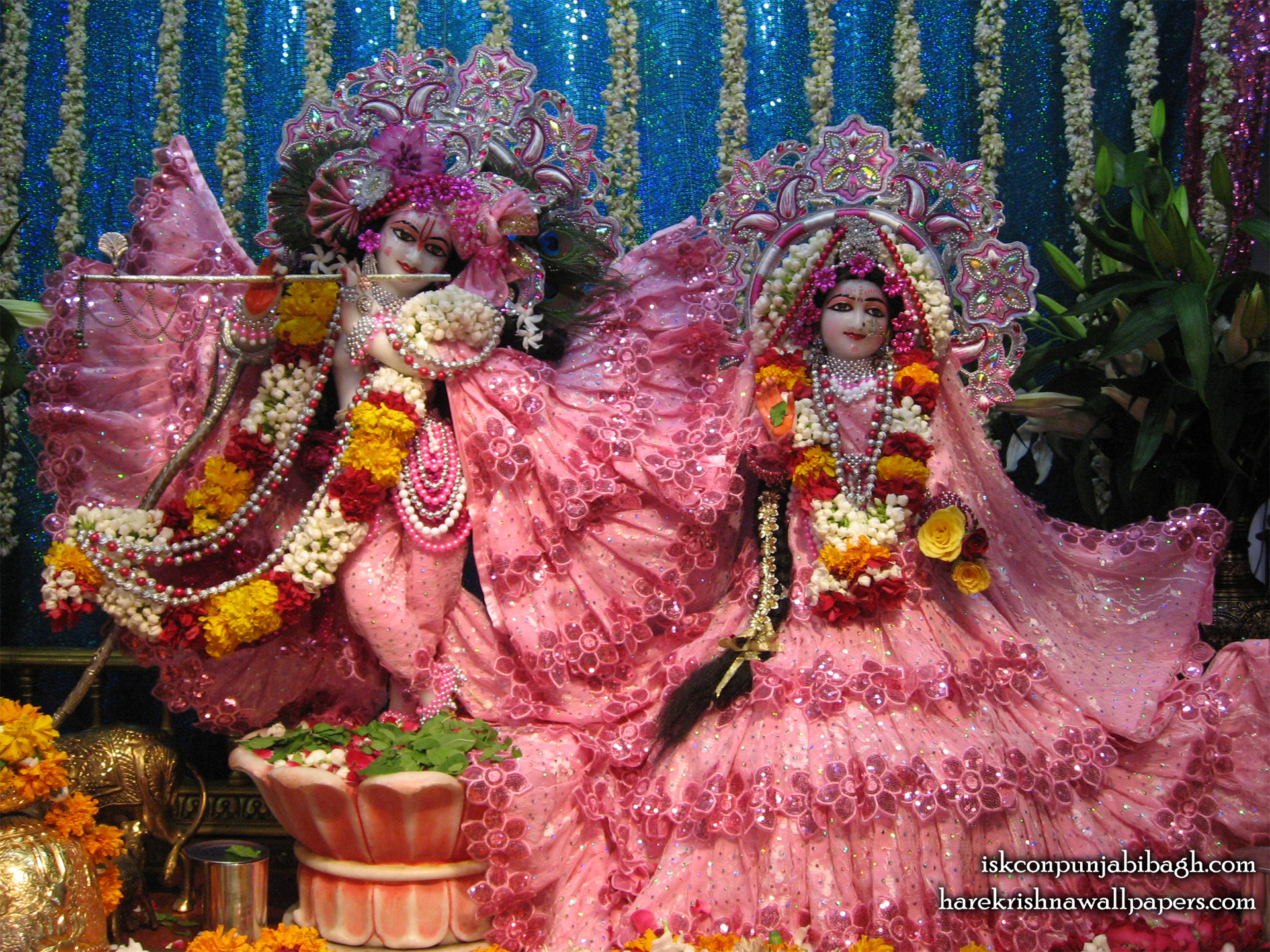 Sri Sri Radha Radhikaraman Wallpaper (008) Size 1920x1440 Download