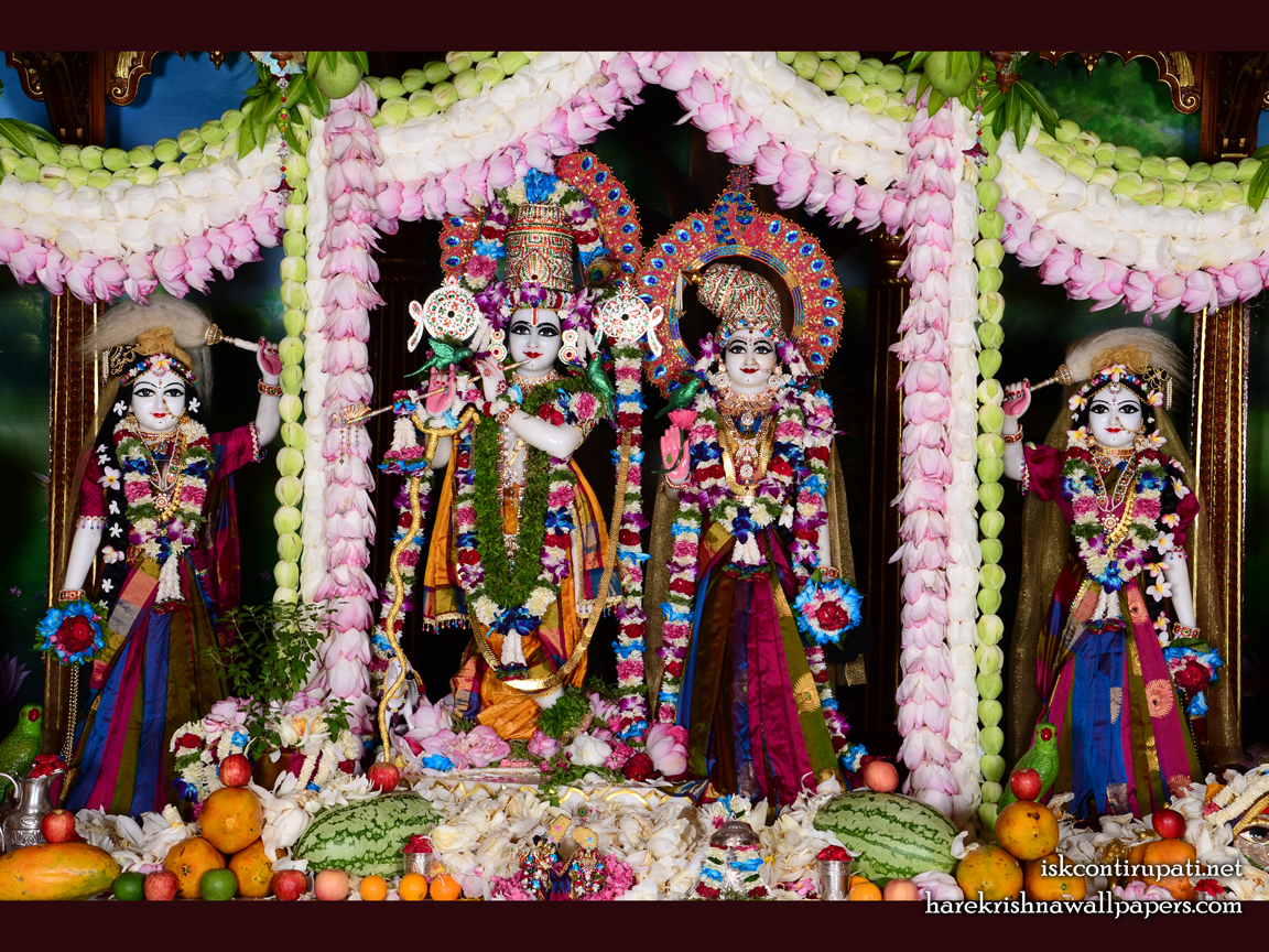 Sri Sri Radha Govinda Lalita Vishakha Wallpaper (002) Size 1152x864 Download