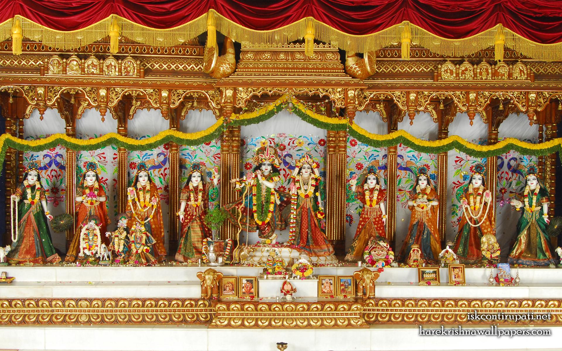 Sri Sri Radha Govinda with Ashtasakhi Wallpaper (002) Size 1920x1200 Download