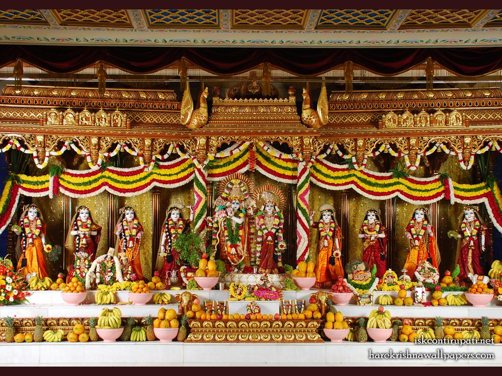 Sri Sri Radha Govinda with Ashtasakhi Wallpaper (005) Size 1024x768 Download