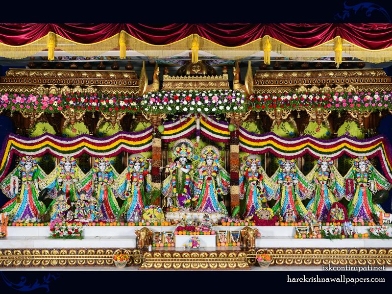 Sri Sri Radha Govinda with Ashtasakhi Wallpaper (007) Size 800x600 Download