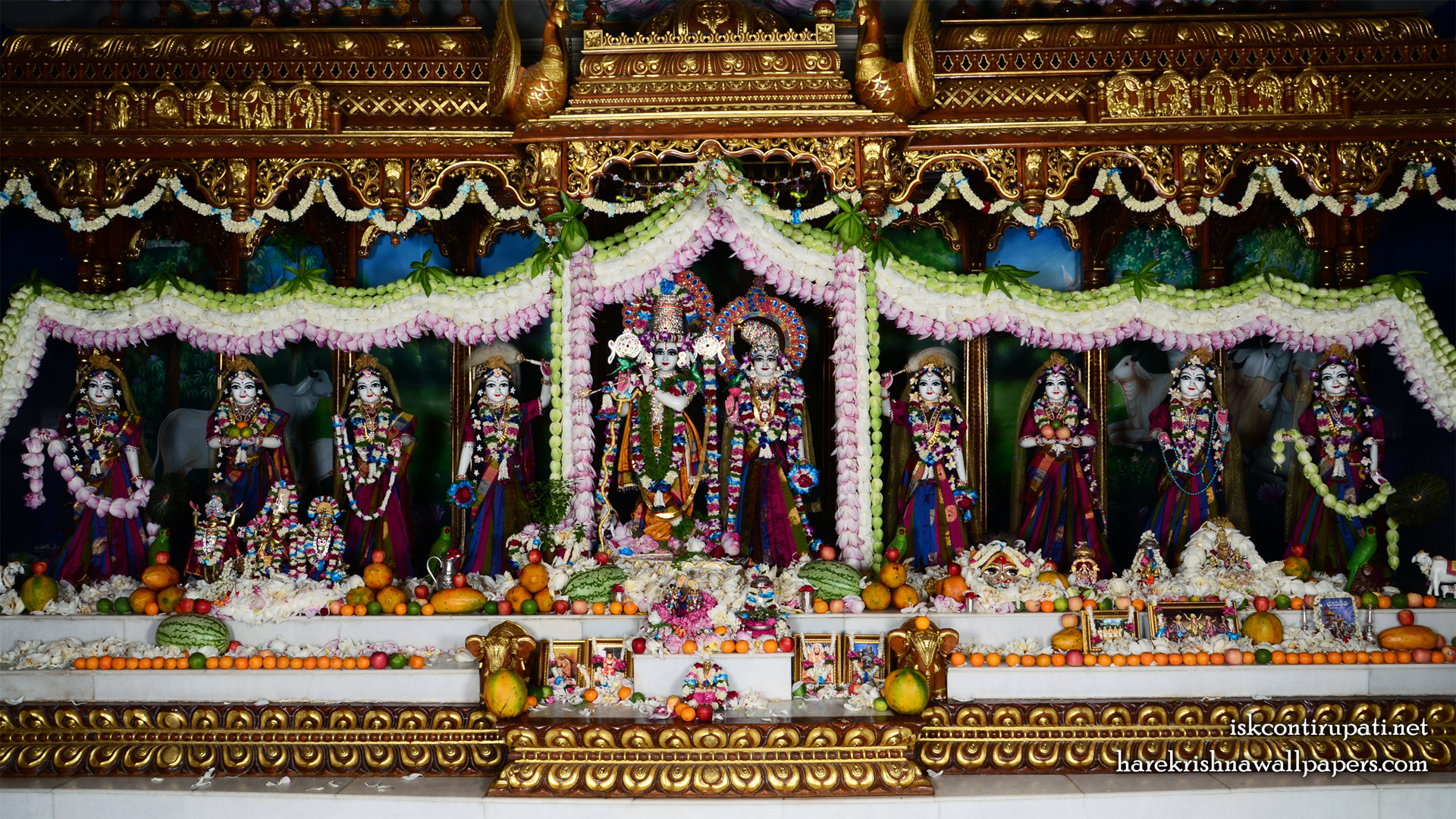 Sri Sri Radha Govinda with Ashtasakhi Wallpaper (008) Size 1920x1080 Download