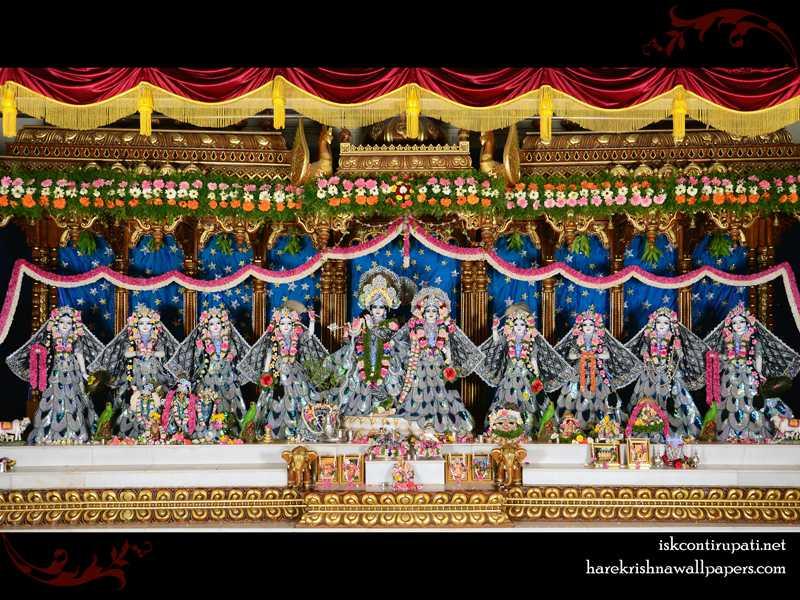 Sri Sri Radha Govinda with Ashtasakhi Wallpaper (010)