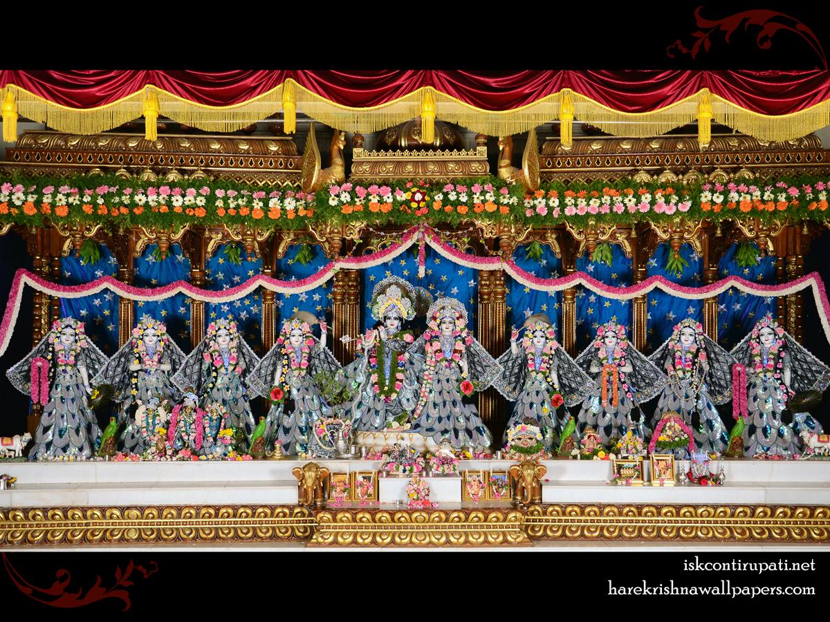 Sri Sri Radha Govinda with Ashtasakhi Wallpaper (010) Size 1200x900 Download