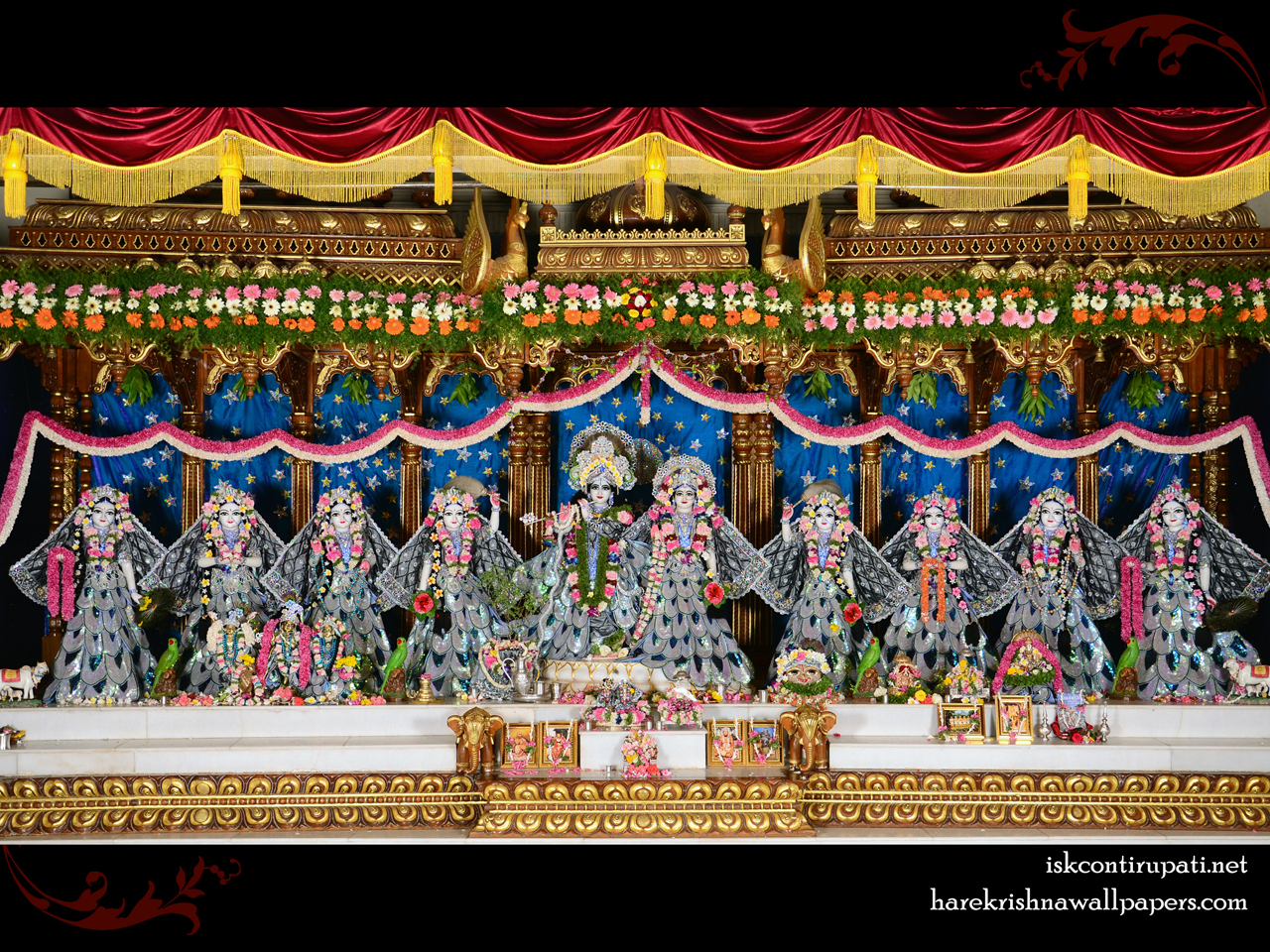 Sri Sri Radha Govinda with Ashtasakhi Wallpaper (010) Size 1280x960 Download