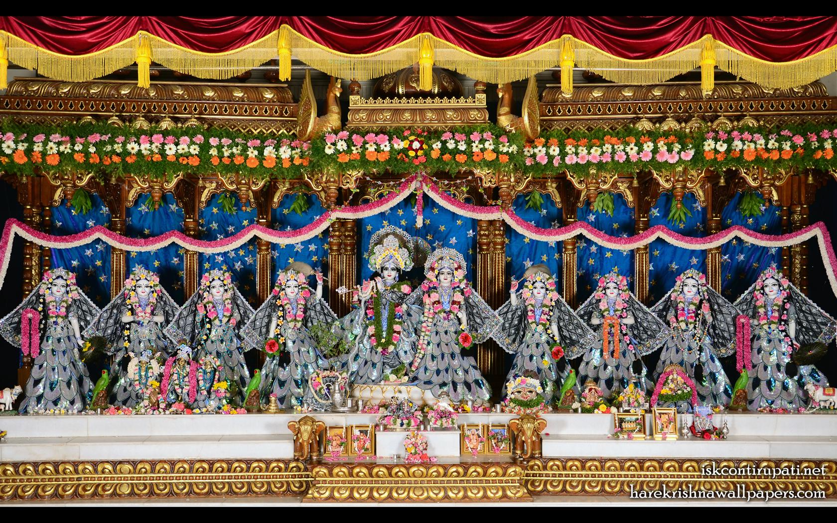 Sri Sri Radha Govinda with Ashtasakhi Wallpaper (010) Size 1680x1050 Download