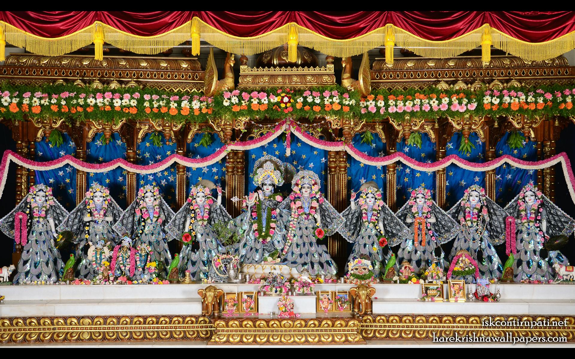 Sri Sri Radha Govinda with Ashtasakhi Wallpaper (010) Size 1920x1200 Download