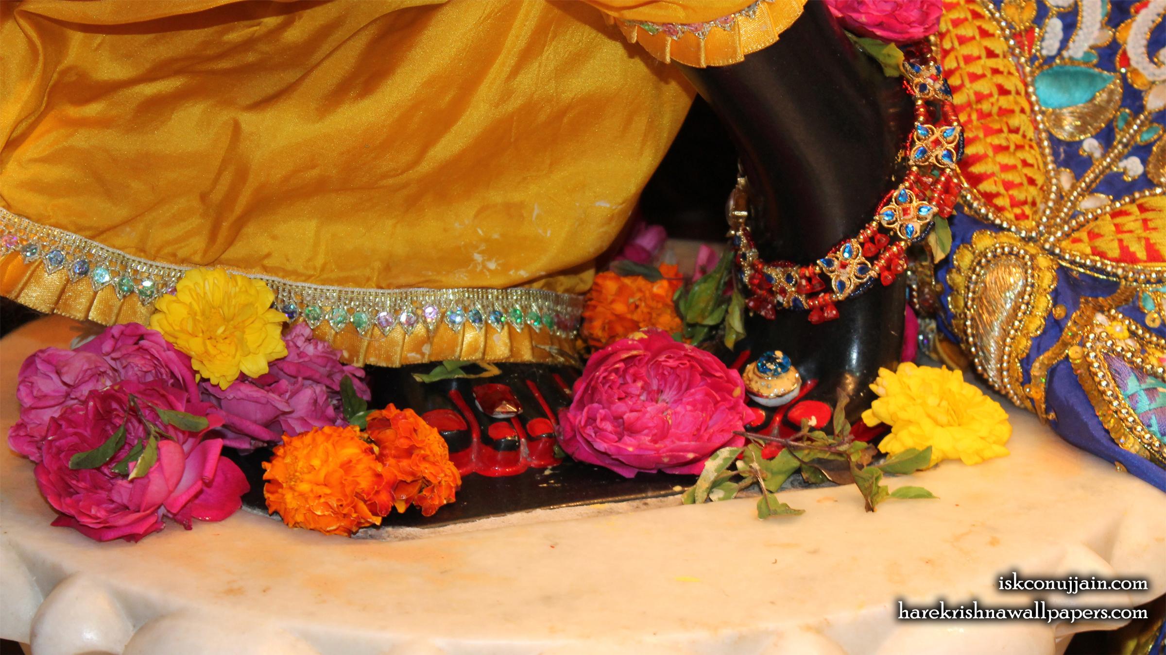 Sri Madanmohan Feet Wallpaper (001) Size 2400x1350 Download